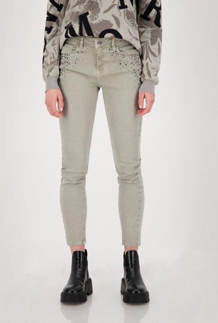 Schmale_5_Pocket_Jeans_mit_Nieten_und_Strass-Grau-Grün-monari