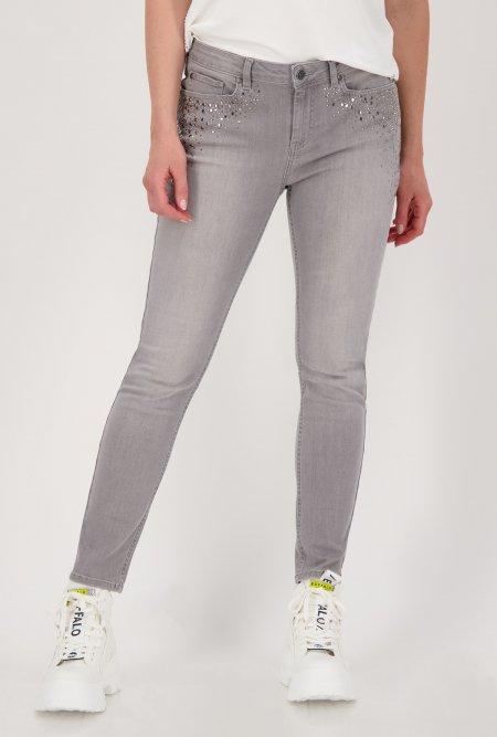 Schmale_5_Pocket_Jeans_mit_Nieten_und_Strass-Grau-monari